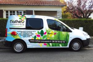 Logo et véhicule commercial créé pour Anthony Allonneau : Nathéo Paysagiste, vue de profil